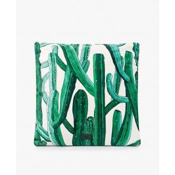 http://marceletmaurice.fr/10850-thickbox_atch/woouf-coussin-imprime-cactus.jpg
