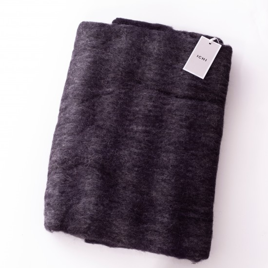 Ichi - Echarpe noire à franges