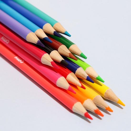 Omy - 16 crayons de couleurs