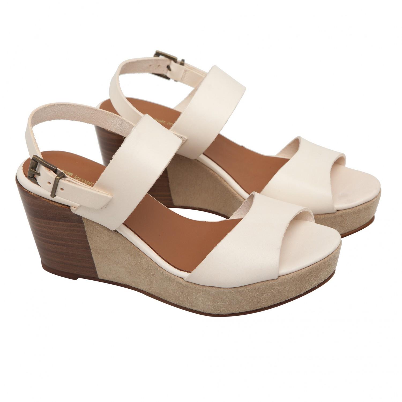 Accueil > Femme > Chaussures > Loreak Mendian - Chaussures beige en ...