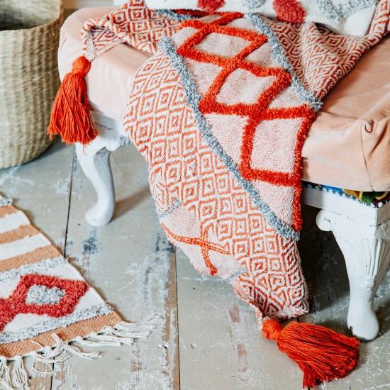 Sass & Belle - Plaid rouge à motifs et pompons