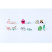 DOIY - Pinaholic Pins Emoji