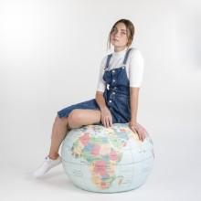 Woouf - Pouf en forme de globe